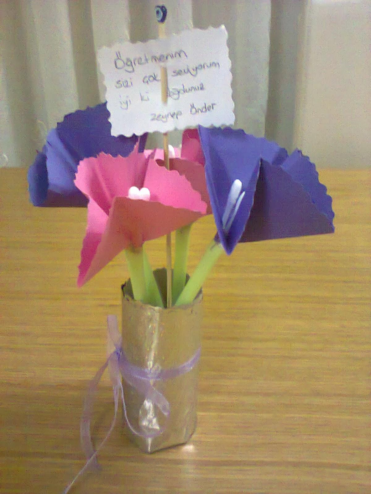 Kağıttan çiçek nasıl çıkarılır Çok basit