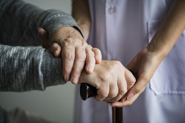 Operadoras de Saúde devem priorizar os idosos, recomenda o MPRN