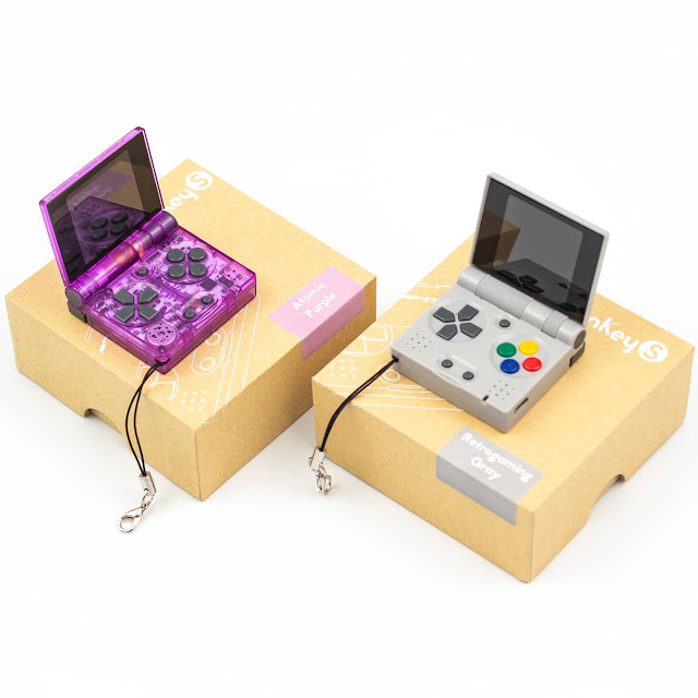 keychain game console