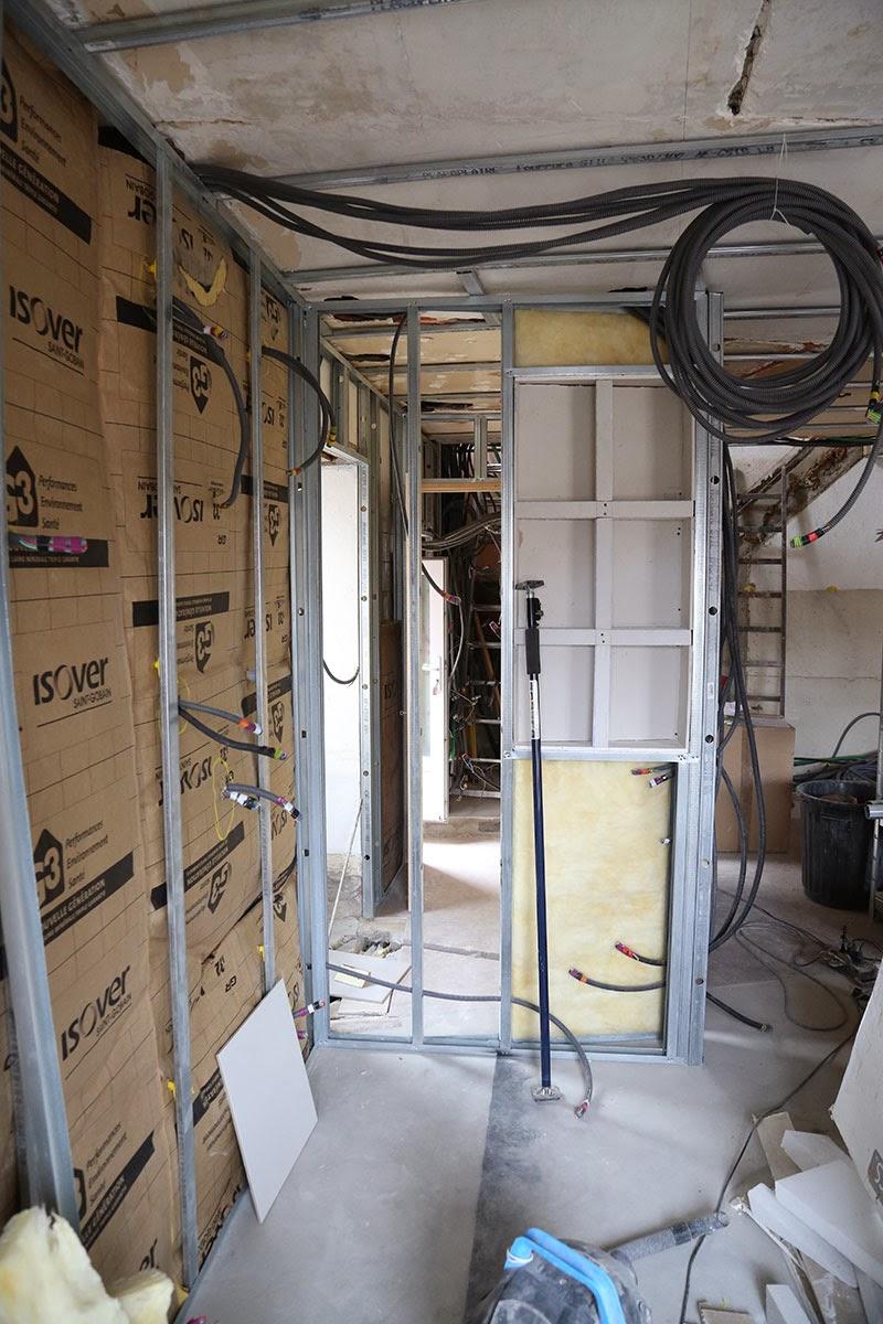 doubler un mur en placo latest imgjpg imgjpg with doubler un mur en placo finest duun garage. Black Bedroom Furniture Sets. Home Design Ideas