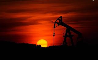 المشتقات والعقود الأجلة وإنهيار أسعار خام تكساس