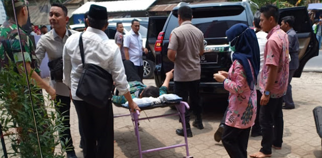 Wiranto Terluka Di Bagian Perut, Dilarikan Ke RSUD Pandeglang