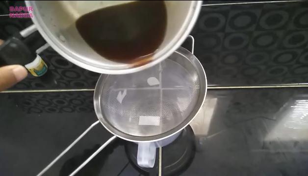 Cara Membuat Bolu Kukus Gula Merah Tana Telur dan Mixer - Dapur Nadda 3