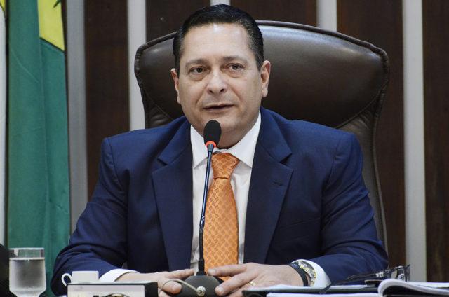 """MINISTRO FUX """"PISA NO PÉ"""" DE EZEQUIEL E COLOCA DEPUTADO NO PAREDÃO"""