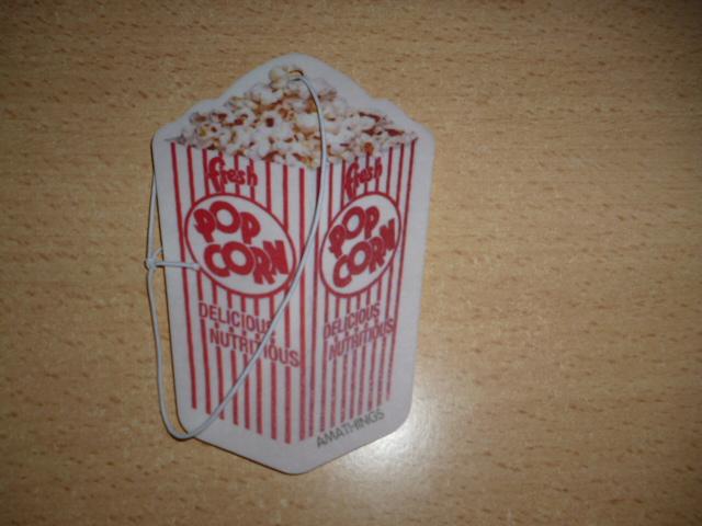 moni s blog 5 er pack duftbaum popcorn aroma. Black Bedroom Furniture Sets. Home Design Ideas