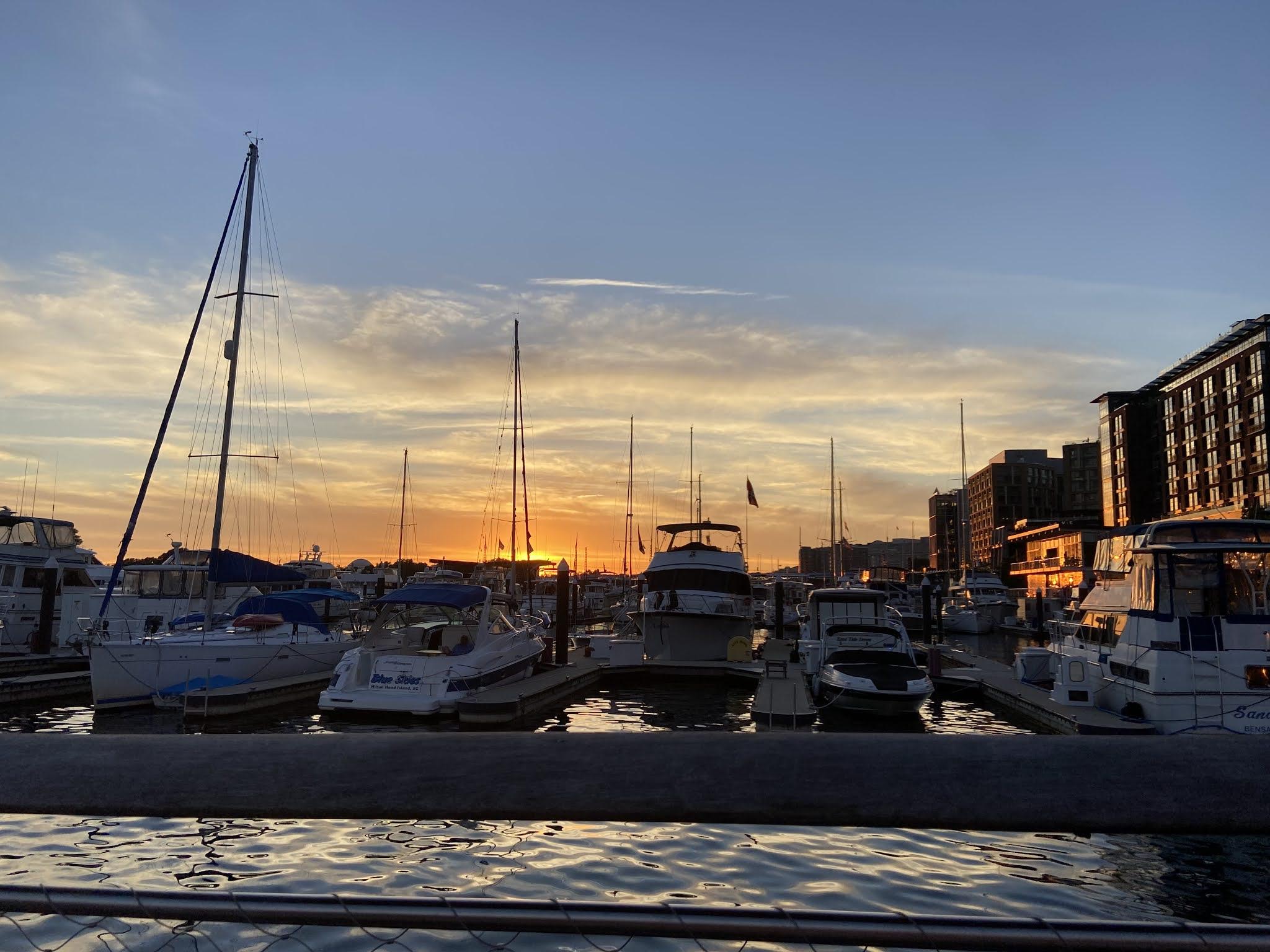 Washington sunset, travel guide