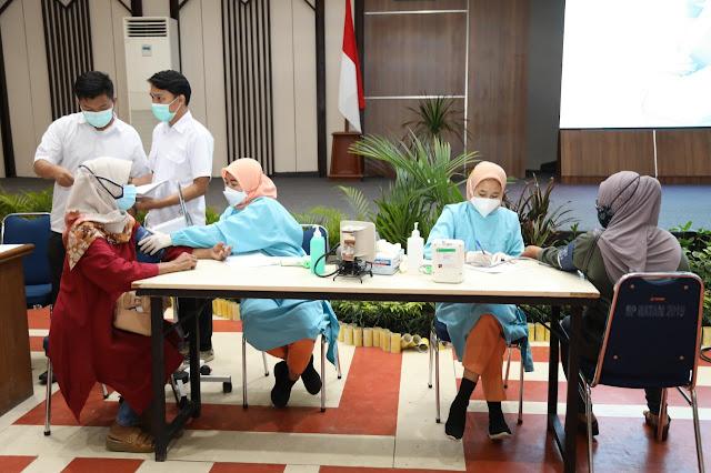 Sebanyak 795 Orang Keluarga BP Batam Melakukan Vaksinasi Covid-19 Tahap Dua