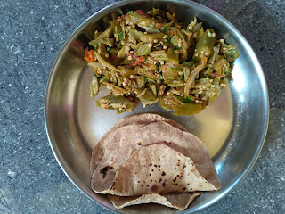 Whole Wheat Phulkha, Ladies finger masala