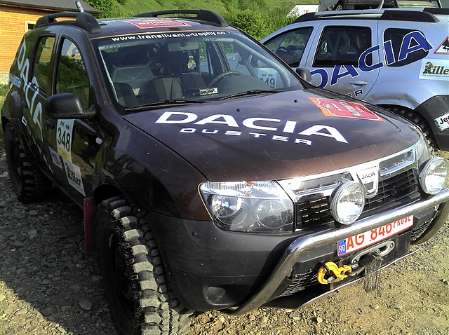 bloganul dacia duster la bucovina offroad challenge 2011. Black Bedroom Furniture Sets. Home Design Ideas