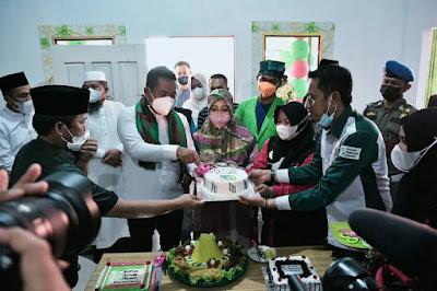 Bupati Pelalawan H. Zukri menghadiri milad ke - 1 tahun Yayasan Rumah Relawan Dhuafa (RRD) Kabupaten Pelalawan Propinsi Riau di Pangkalan Kerinci