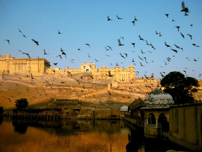 Amer Fort Jaipur Guide - Timing - Route - History