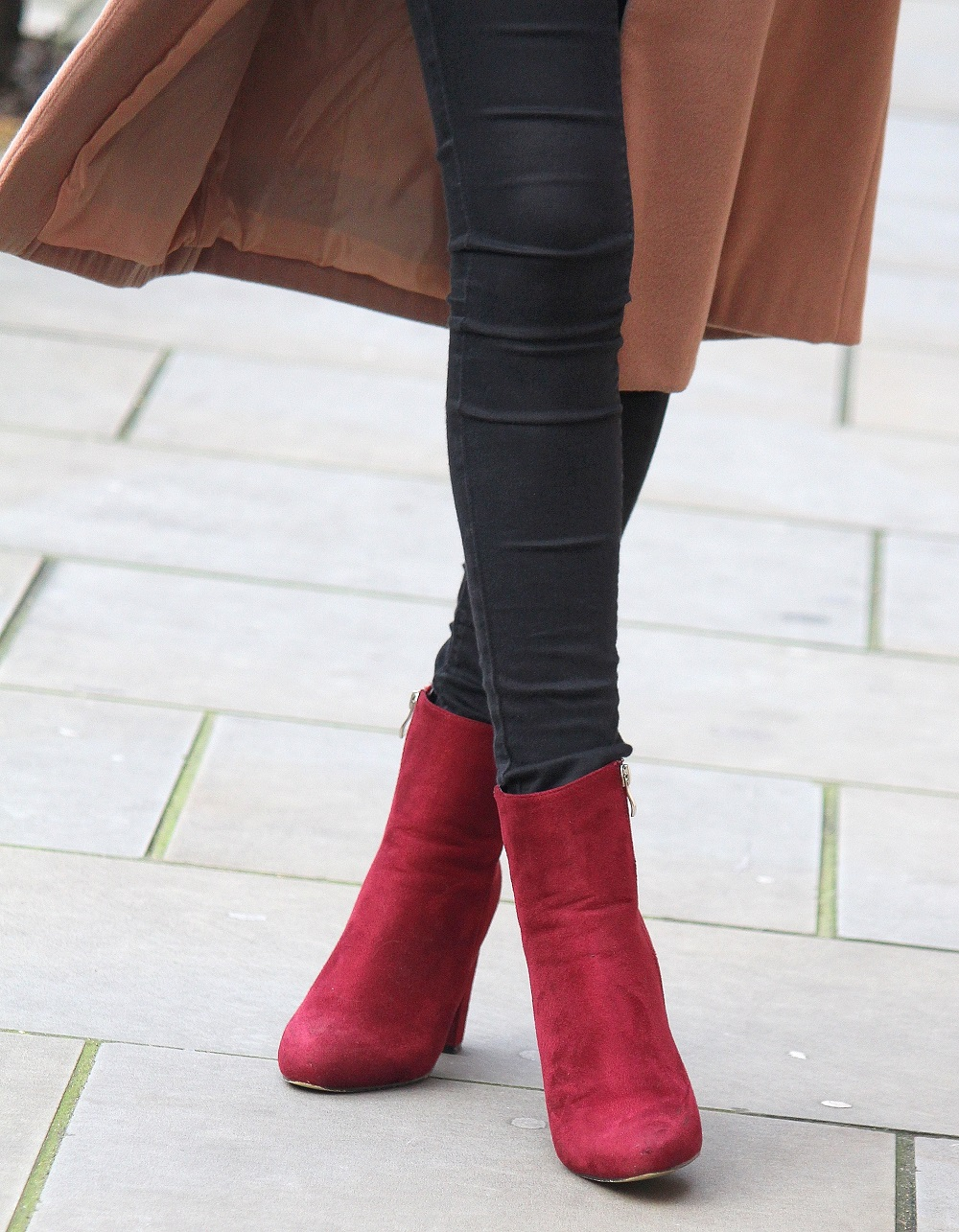burgundy suede boots from public desire worn by peexo fashion blogger