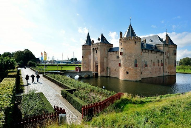 Castelos em Amsterdã
