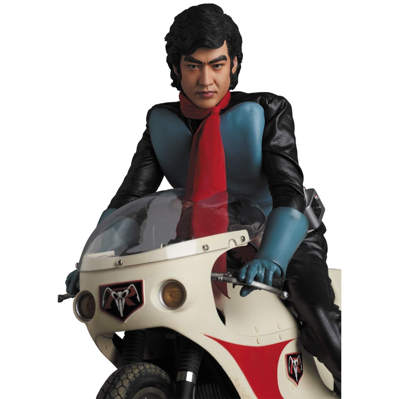 Movie Shopper's Guide - Kamen Rider 1 Figure : 仮面ライダー本郷猛は改造人間である。彼を改造したショッカーは世界制覇をたくらむ悪の秘密結社である。という故中江真司さんの声が聞こえてきそうな最も初期の仮面ライダーの本郷猛を再現し、サイクロン号も一緒にした究極のセットが、今秋の9月30日に発売 ! !