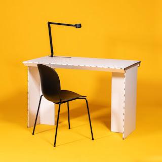 Датская компания Stykka выпустила в продажу стол за 3$ в период самоизоляции