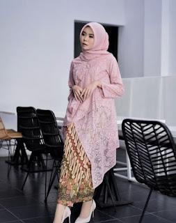 Model-Baju-Gamis-Batik-Kombinasi-Brokat-Terbaru