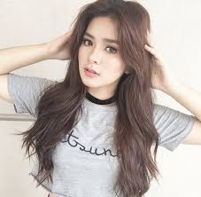 How tall is Loisa Andalio?