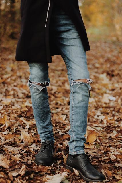 jeansy męskie z dziurami