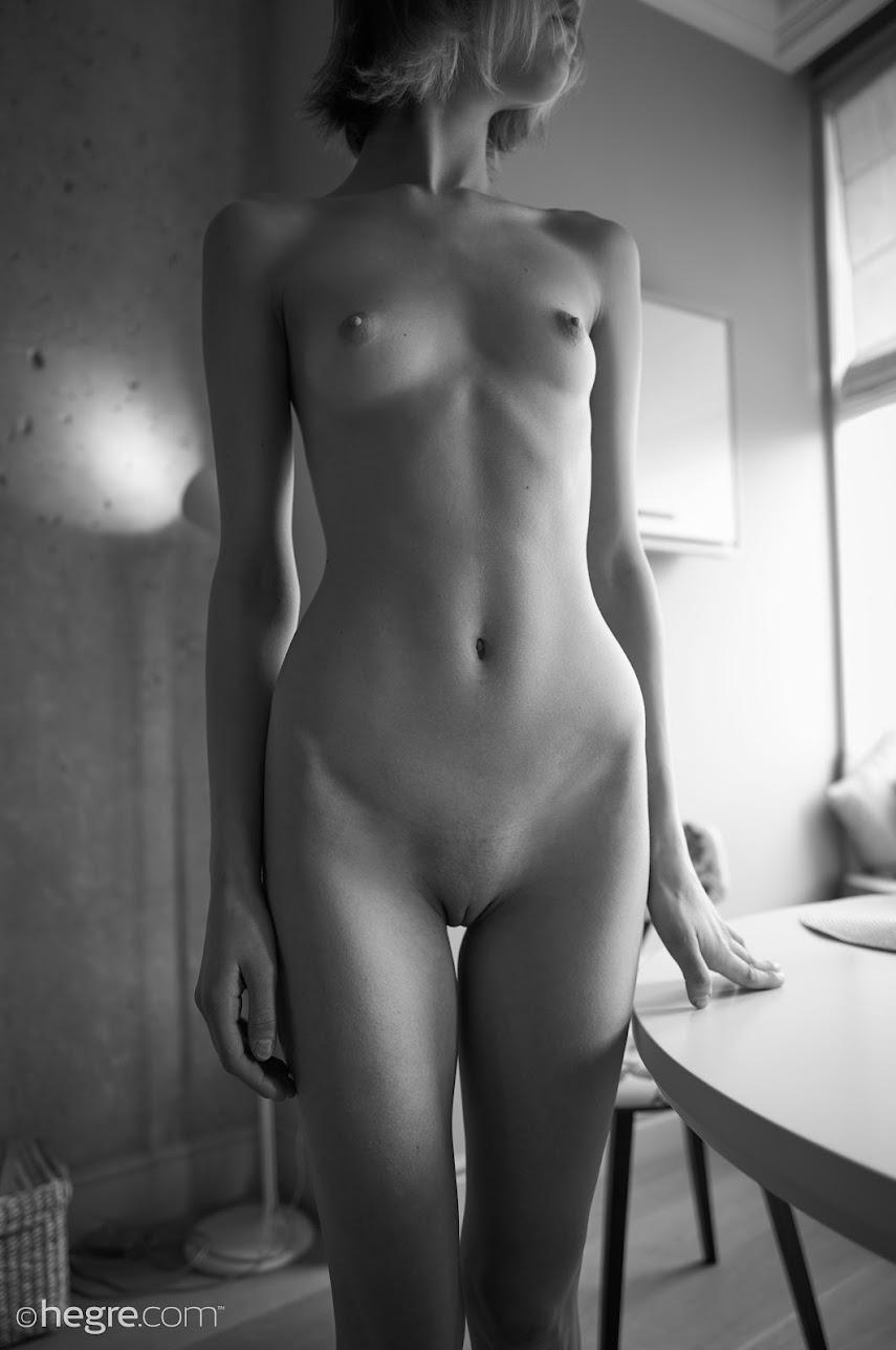 [Hegre-Art] Lotta - Nude At Home