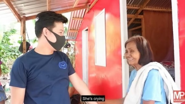Marcelito Pomoy has built 4 houses for those in need