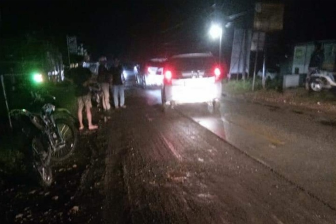 Pemotor Berjatuhan di Awangpone Gara-Gara Lubang Bekas Cutting Aspal