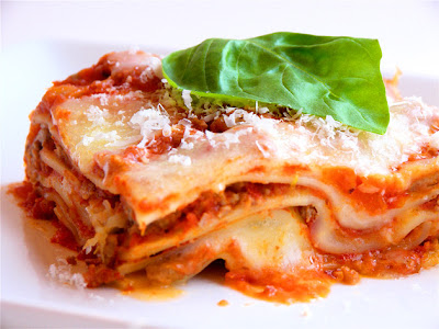 lasagne rezepte und tipps perfekte lasagne rezept italian. Black Bedroom Furniture Sets. Home Design Ideas