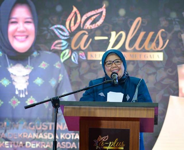 Wagub Kepri Membuka A Plus Kepri Batik Met Gala 2021