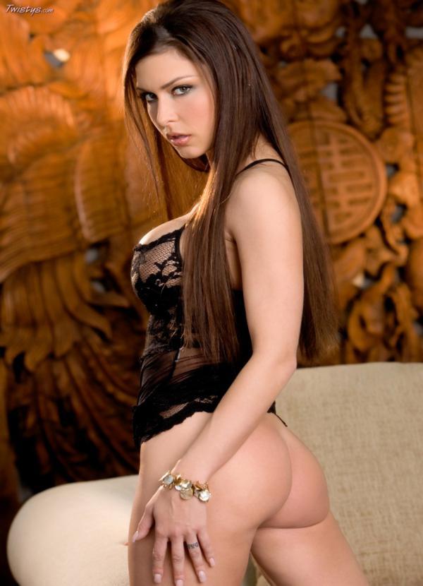 Jessica Jaymes gostosa da buceta greluda com piercing nua