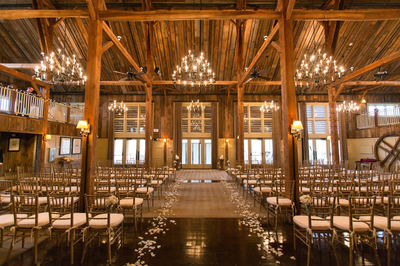 Barn At Gibbet Hill : Wedding Florist : A Neutral Fall