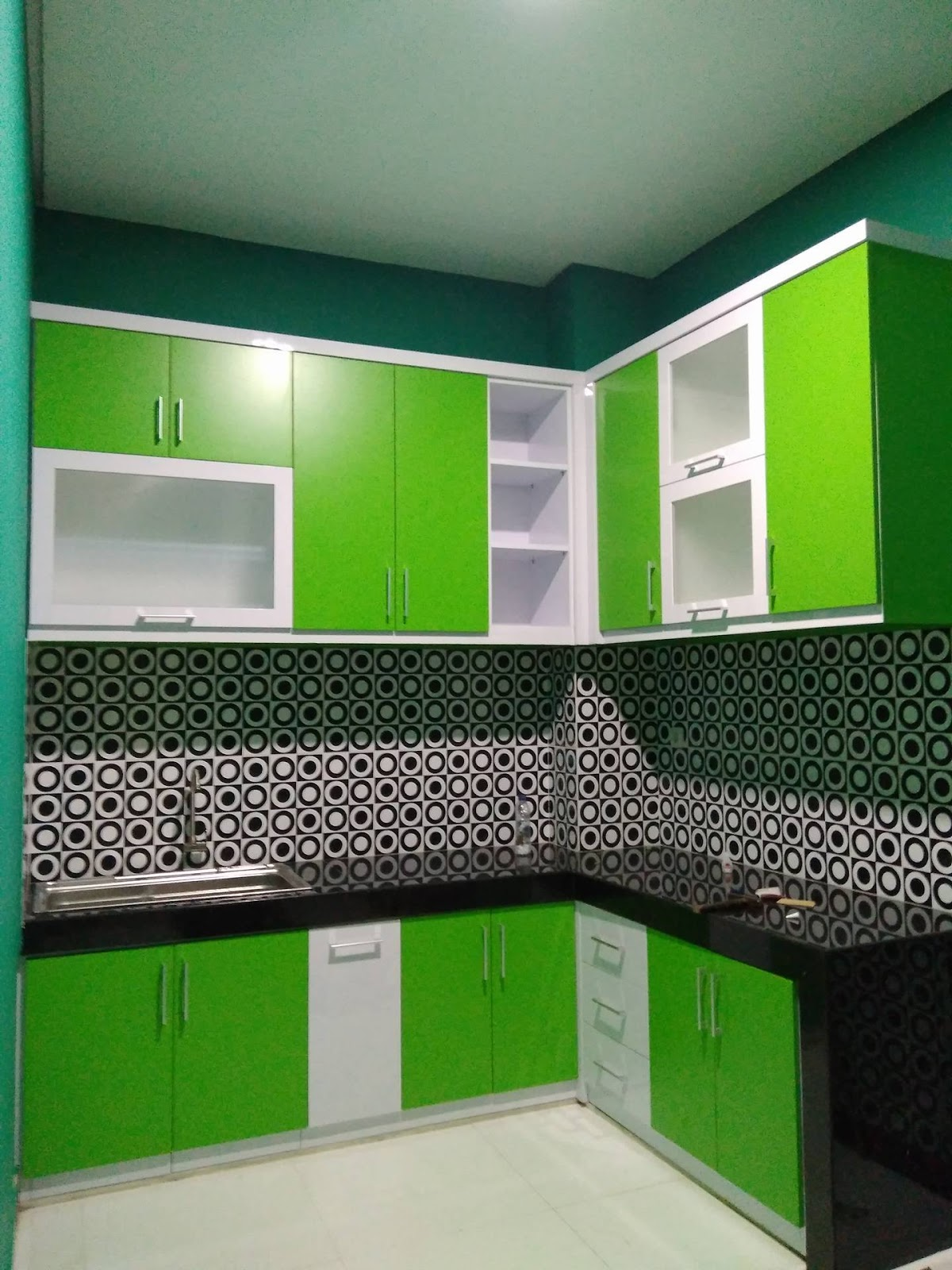 Dapur nyaman, masak jadi nyaman - kitchen set minimalis ...