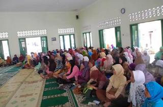 Teks MC Pembawa Acara Pengajian Muslimat