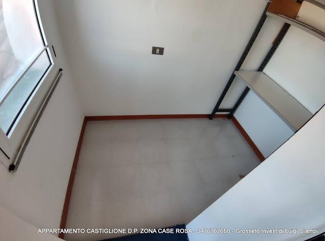 Ripostiglio finestrato - Castiglione-della-Pescaia, case rosa, appartamento trilocale