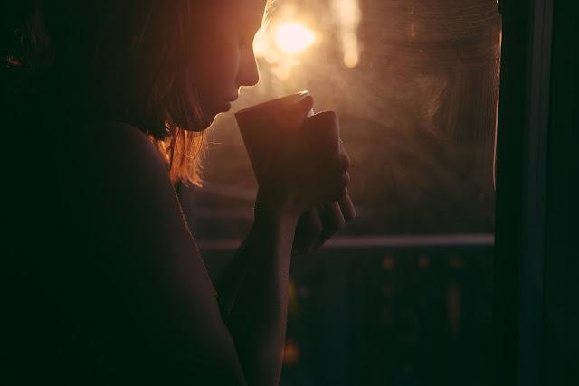 Perempuan sedih, Motivasi Ambyar, Jangan Takut Salah