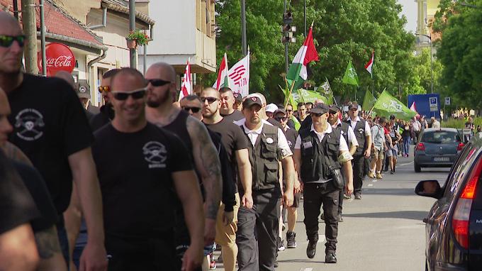 Monoron vonult fel a Mi Hazánk Mozgalom, a Betyársereg és a Magyar Önvédelmi Mozgalom