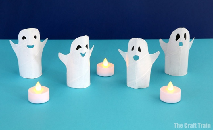 halloween ghosts made from toilet paper rolls