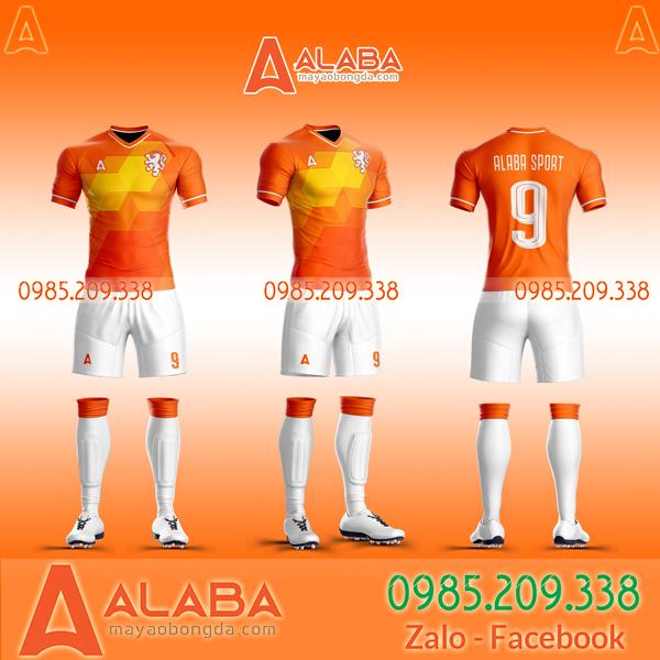 Áo bóng đá thiết kế riêng