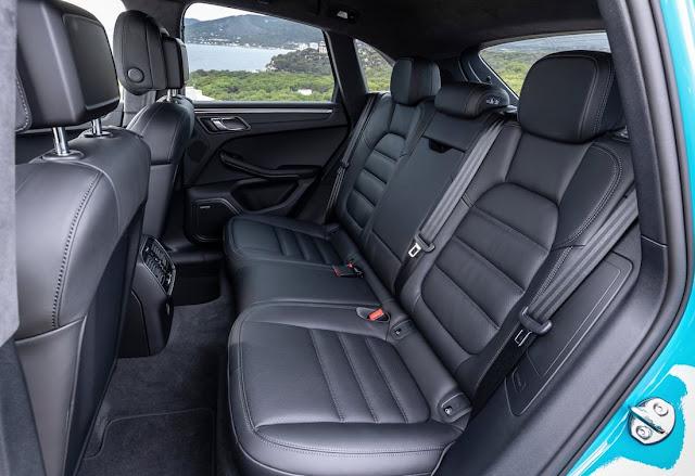 ポルシェ・マカン マイナーモデルチェンジ 2019年モデル 後部座席