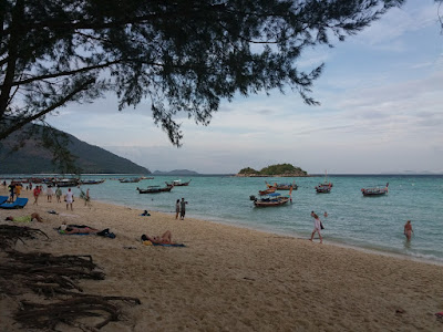 Photo of the beach on Ko Lipe Island in the Andaman Sea