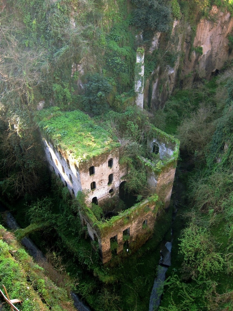 Abandoned mill from 1866 in Sorrento, Italy - 30 Abandoned Places that Look Truly Beautiful