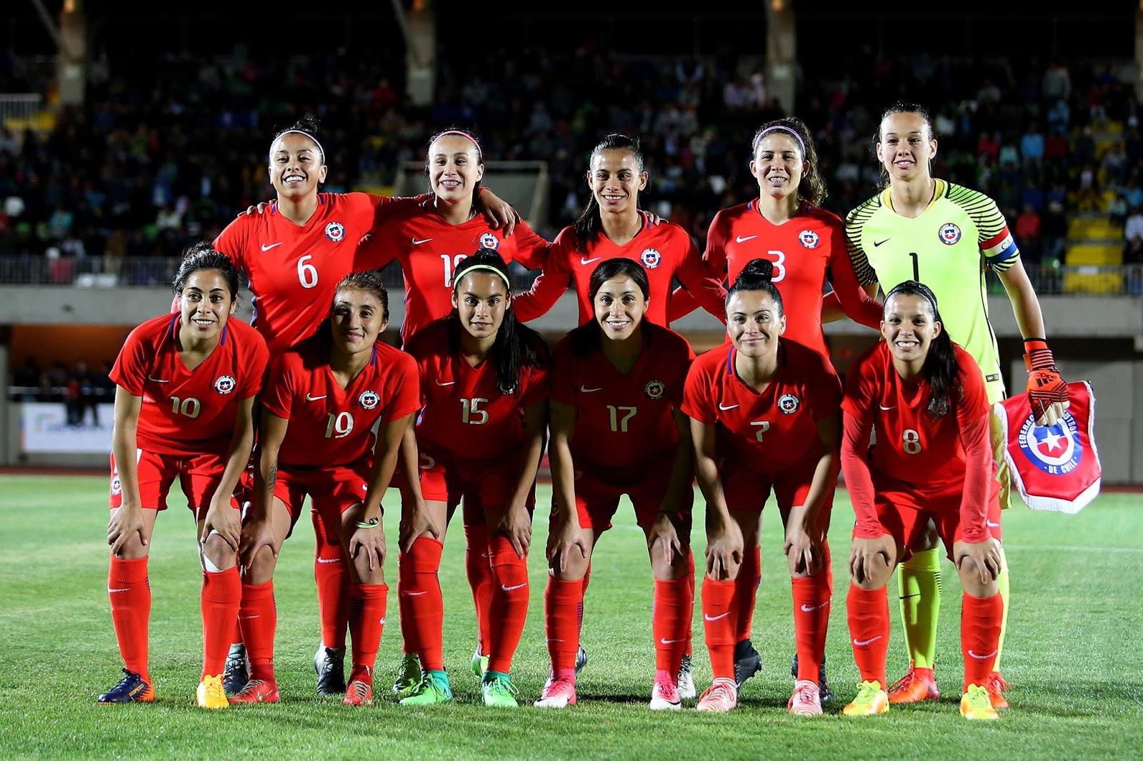Formación de selección femenina de Chile ante Argentina, amistoso disputado el 24 de octubre de 2017