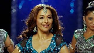 madhuri-dancing-on-o-re-piya