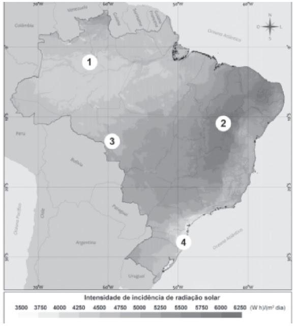 A figura apresenta a intensidade da incidência de radiação solar no território brasileiro