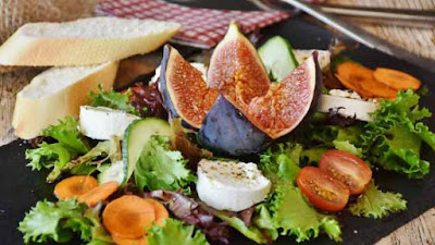 Figs with Honey Salad