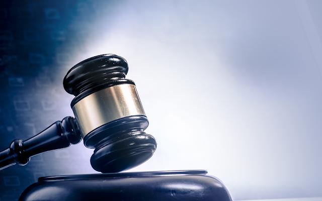 المحكمة اليونانية :  تعليق قرار تسليم ألكساندر فينيك الروسي المتهم بغسيل الأموال