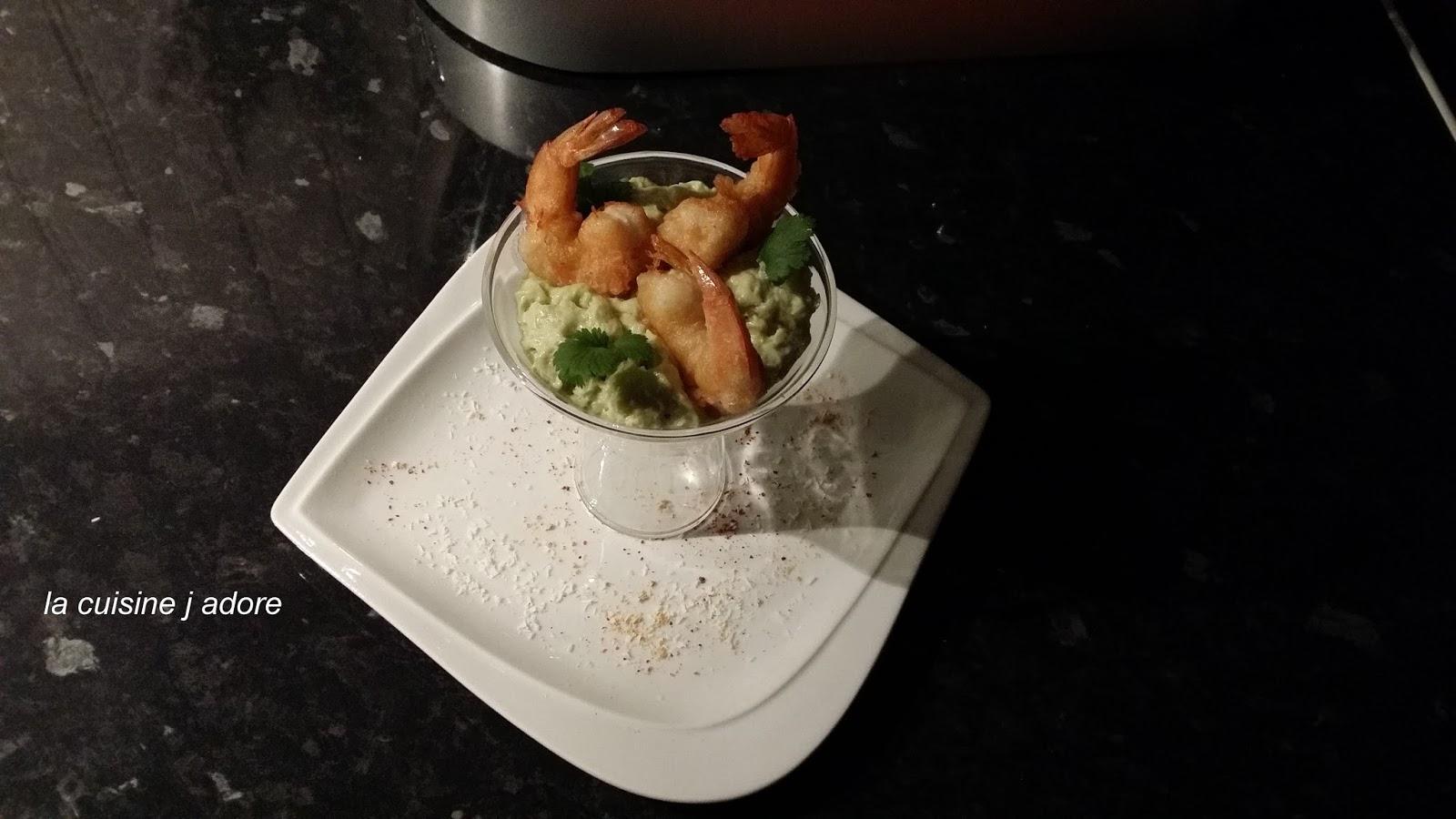 la cuisine j adore tempura de gambas epice emulsion avocat coco recette de l atelier des chefs. Black Bedroom Furniture Sets. Home Design Ideas