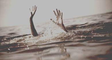 जौनपुर: नर्स के पति ने गोमती में लगायी छलांग, पत्नी ने भी किया नदी में कुदने का प्रयास