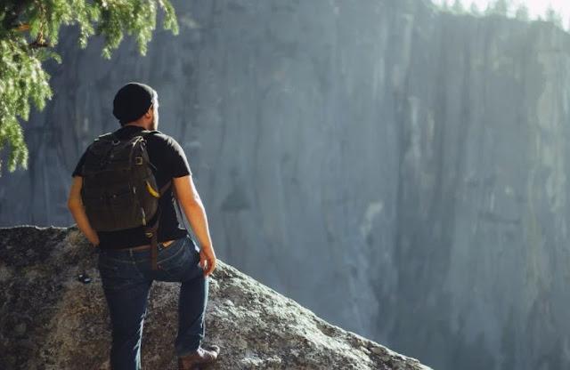 Mau Backpacker ke Luar Negeri? Pelajari Tips dari Kami