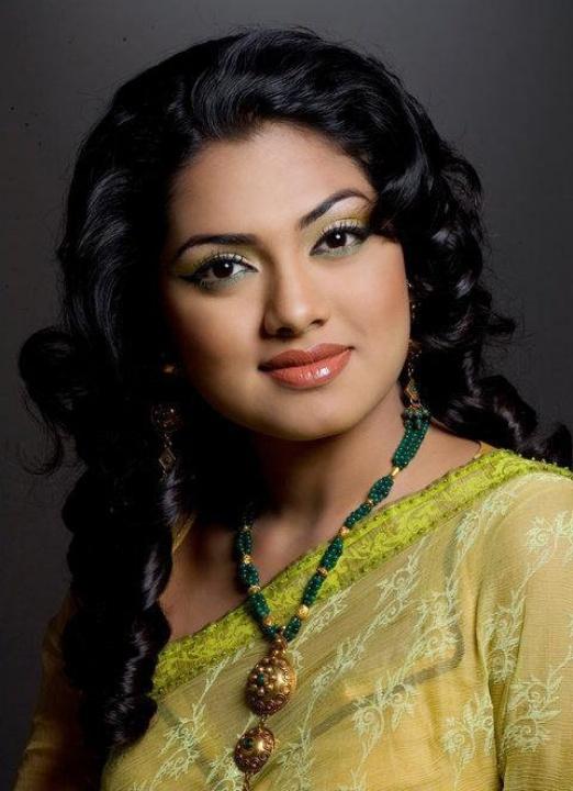 Nusrat Imrose Tisha Best Photo 12