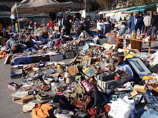 Bercelona-flea-market-by-Oh-Barcelonacom