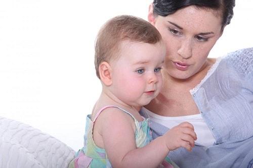 رفض الطفل الرضاعة الطبيعية